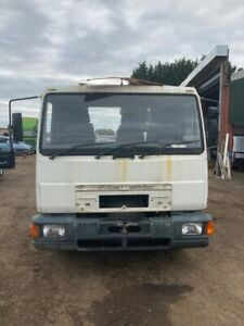 MAN L2000 8153 20' CHASSIS CAB/FLATBED YEAR 2000 MANUAL PUMP AND GEARBOX EXPORT