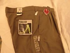 DOCKERS PREMIUM 'DRESS MOBILE' PANT RELAXED FIT MEN'S PANTS-GREEN (38 x 32) NWT
