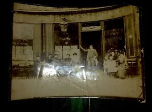 RESTAURANT PARISIEN.PHOTO D'UNE DEVANTURE VERS 1920.