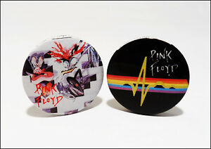 Pink Floyd Lot Of 2 Original 1982 Buttons Pins The Wall / Dark Side Of The Moon