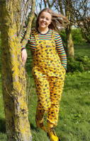Run /& Fly 80/'s//90/'s style unisex oversized gold cord bee patterned dungarees