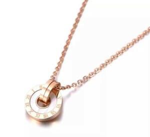 Edelstahl Rosegold Römische Zalen Halskette Schmuck Frauen Damen Anhänger Kette