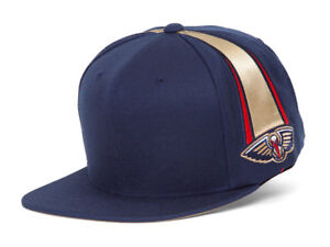 Mitchell & Ness New Orleans Pelicans Blank Front Short Hook Snapback