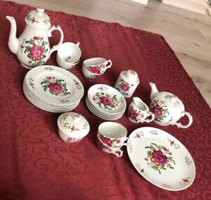 Teeservice handgemalt komplett für 6 Personen Ostfriesische Rose 24 Teile