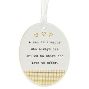 Thoughtful Words Plaque : A Nan Is Someone Who Always Has Smiles To Share...