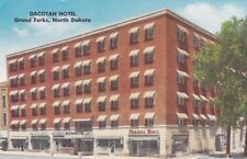 GRAND FORKS, North Dakota, 20-30s; Dacotah Hotel