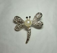 Dragonfly Brooch - crystal with pearl
