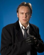 """PHILIP GLENISTER (Ashes to Ashes) Gene Hunt British 8""""x10"""" Photograph"""