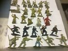 CHARBENS PLASTIC FIGURES X 16.  CAN BE SEPARATED