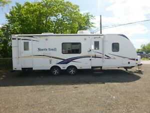2011 27ft North Trail by Heartland 27RBS NO RESERVE