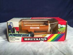 Britains Powerfarm  Nr 9342 Dungschleuder in OVP unbespielt M 1:32