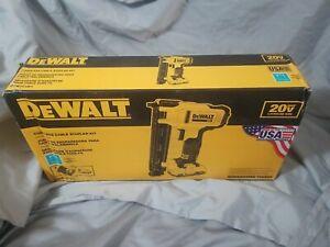 NEW DeWALT Cordless Cable Stapler Kit DCN701D1