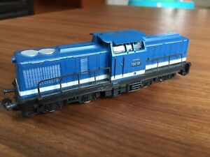 PIKO HO Diesel locomotive V 100 001  of the DR