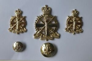 British Army Cap Badge, Collar Badges, ButtonS - Army Apprentices School