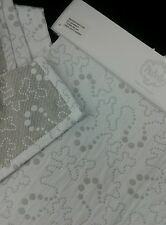 """PUI BELLE Portugal White With Gray Dots Design Cotton Throw 51"""" x 67"""""""