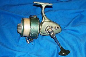 Vintage Daisy Heddon 242 Fishing Spinning Reel Game Fish Saltwater Fresh Water