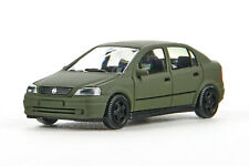 Lot 5582 Wiking Opel Astra Fließheck Bundeswehr, m'olivgrün lackiert, 1999-2000