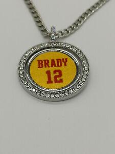 Tampa Bay Buccaneers Tom Brady #12 Necklace V-Neck Team Pendant Souvenir