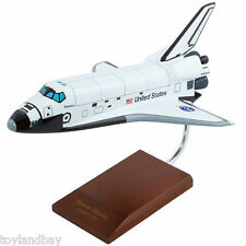 Executive Series E4410 NASA Space Shuttle Atlantis 1:100 Scale Museum Quality