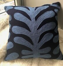 NWT Kate Spade ABSTRACT VINE Blue Crewel Stitch Cotton & Down Accent Pillow $144