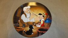 KNOWLES DISNEY PINOCCHIO COLLECTOR PLATE