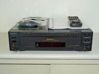 Sony MDP-850D High-End LaserDisc / LD Player, inkl. FB&BDA, 2 Jahre Garantie