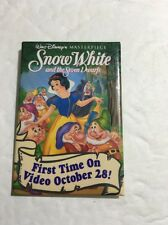 DISNEY SNOW WHITE AND THE SEVEN DWARFS 1ST TIME ON VIDEO PIN BUTTON. Promo