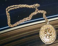 Vintage Pendant Necklace Retro Locket Opens Up For Photograph, etc Oval