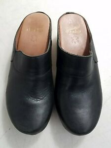 Dansko Leather Clogs Sz 38