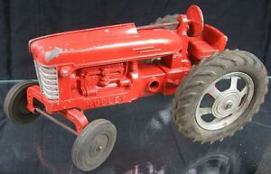 Vintage 1950's Die Cast Large red Tractor Hubley All Original #66075
