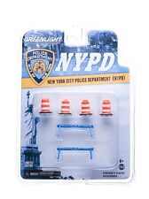 NYPD ROAD ACCESSORY 6PC SET SERIES 1 1/64 BY GREENLIGHT 13068