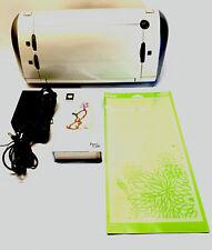 Circut CRV001 Personal Electronic Cutting Machine W/ Mat & Cartridge - Tested