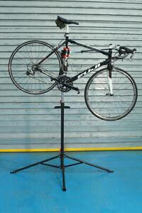 Folding Bike Repair Stand Workshop Stand 110-182cm Adjustable - with organiser