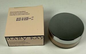 Mary Kay MINERAL POWDER FOUNDATION - #016889  Beige 2 - New Old Stock