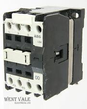 AEG ls4-910-302-645-58 - 20A 00 TRIPLE POLE CONTATTORE BOBINA 110VAC un-used
