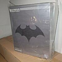 ONE:12 COLLECTIVE BATMAN SOVEREIGN KNIGHT ACTION FIGURE MEZCO DC COMICS 17cm