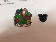 Donald Duck with Christmas Tree and Snow Sled Disney 2006 Pin