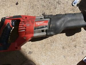 *MILWAUKEE M18* 18V Reciprocating Saw. Works Great!!