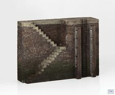44-569 Scenecraft OO/HO Gauge Quayside walls with Steps