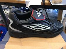 UMBRO stingesizes 1 2 3 4 5 O 5,5 UK a 12 sterline nel calcio BLACKFLIP astroo