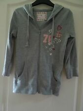 Grey hooded top with pink heart motifs - size 6-8   (34-36)