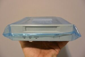 "SONY SDT-7000 DDS 2 TAPE DRIVE 4/8GB SCSI SE W/5.25"" KIT NEW-OTHER"