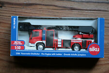 SIKU 2106 Grand Scale/Ladder Firefighters 1/50 Mercedes Benz