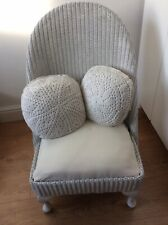 LOVELY SMALL WHITE FLORAL PAINTED WICKER / RATTAN BEDROOM CHAIR COLLECTION ONLY