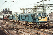 UK DIESEL TRAIN RAILWAY PHOTOGRAPH OF CLASS 81 E3015 LOCO. RM81-8