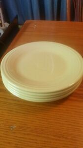 """5 YELLOW HLC FIESTA Ceramic 10.5"""" DINNER PLATES Fiestaware Great condition."""