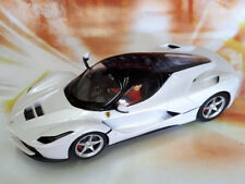 Carrera Evolution LaFerrari (White Metallic) 1:32 NEU Auto unboxed 27478