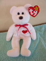 Valentino Bear Beanie Baby w/ RARE ERRORS. RETIRED. MINT CONDITION.
