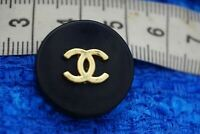 Stamped 100% Authentic Chanel Button logo cc  💋💋1 pieces   21 mm 0,8 inch
