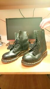 Vintage Doctor Martens AirWair Boots Made in England UK10 Steel toe caps 10 Hole